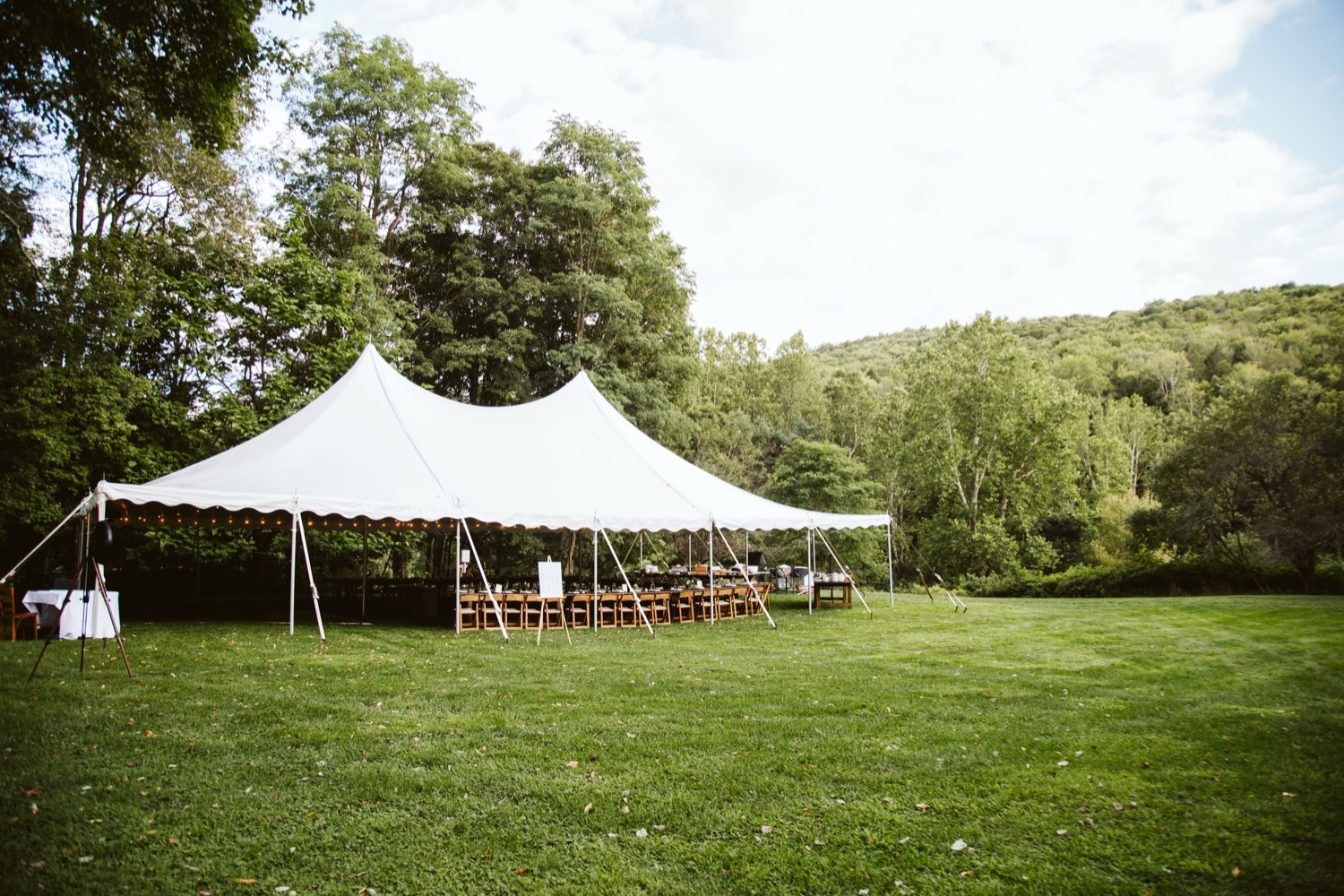 Catskills wedding photographer, NYC Wedding Photographer, Hudson Valley Wedding Photographer, Wedding at North Branch Inn, North Branch Inn Wedding Gallery, North Branch Inn Catskills Wedding