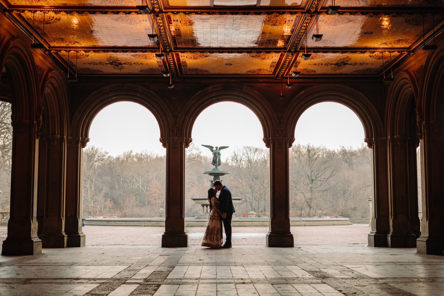 Couple kissing inside of Bethesda Terrace, Bethesda Terrace Pictures